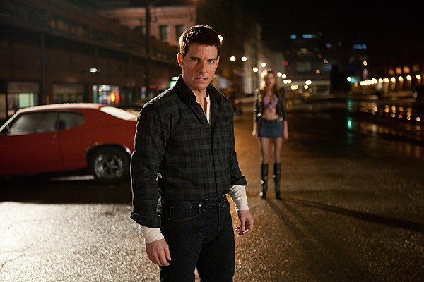 Jack Reacher Tom Cruise flannel