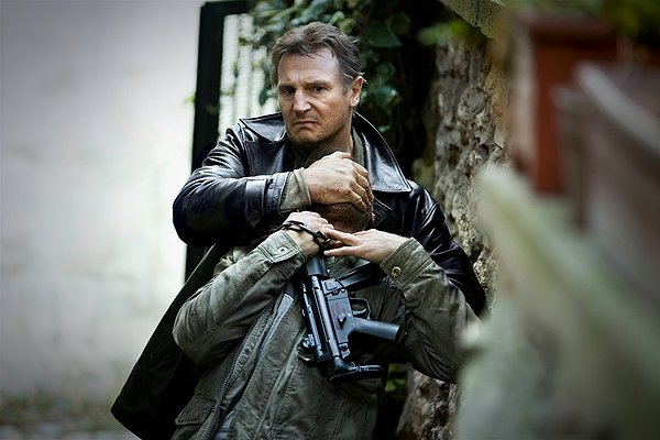 Taken 2 Liam Neeson snapping neck