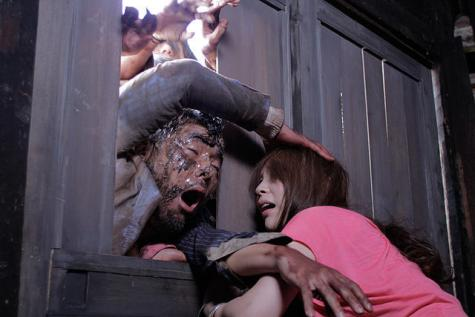 Zombie-Ass-2011-Movie-Image-3