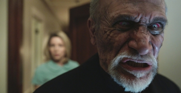 Tony-Amendola-in-Annabelle