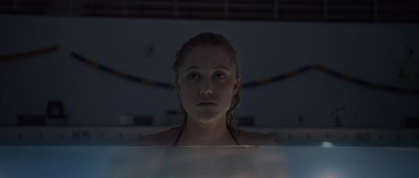 It Follows swimming pool