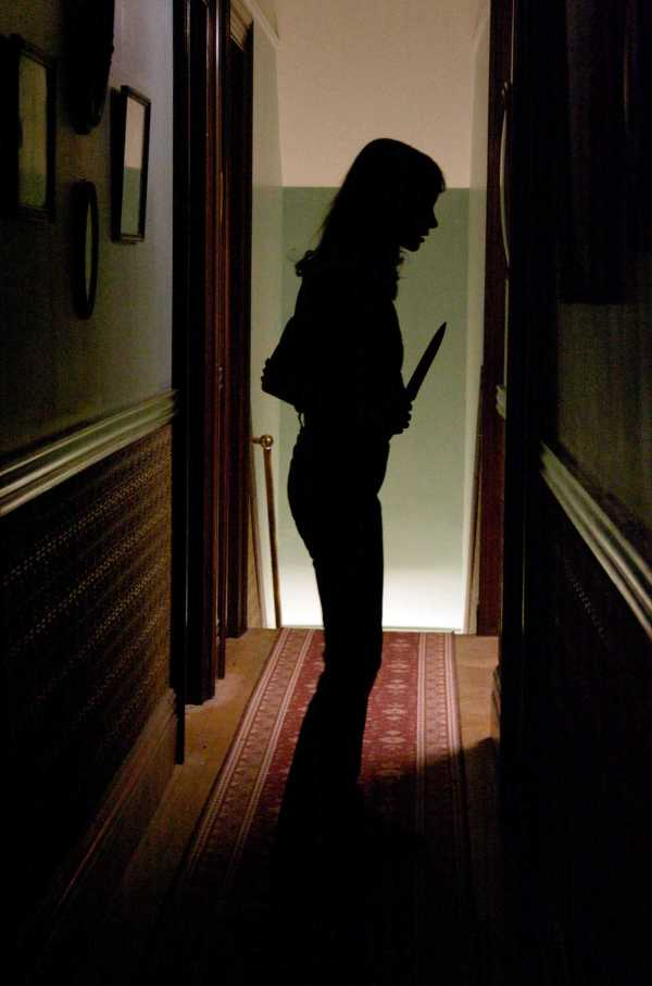 2009_the_house_of_the_devil_006