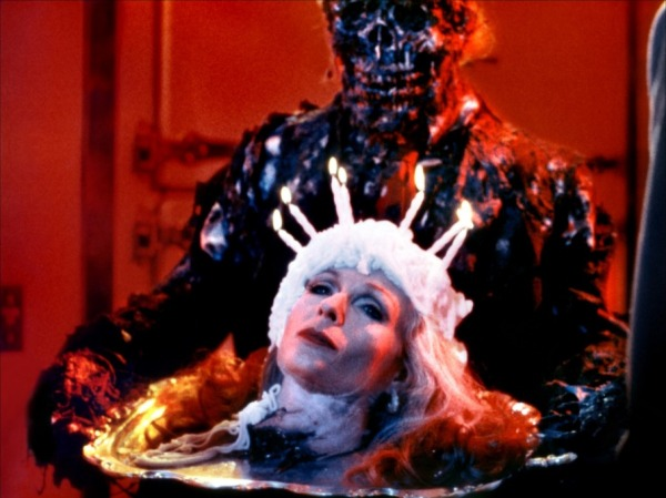Zombie+with+is+head+cake+in+Creepshow