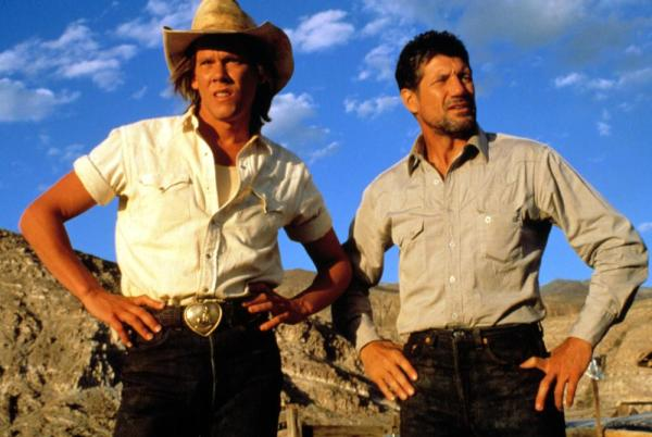 TREMORS, Kevin Bacon, Fred Ward, 1990