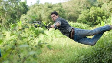 hard-target-2-movie-review-370x208
